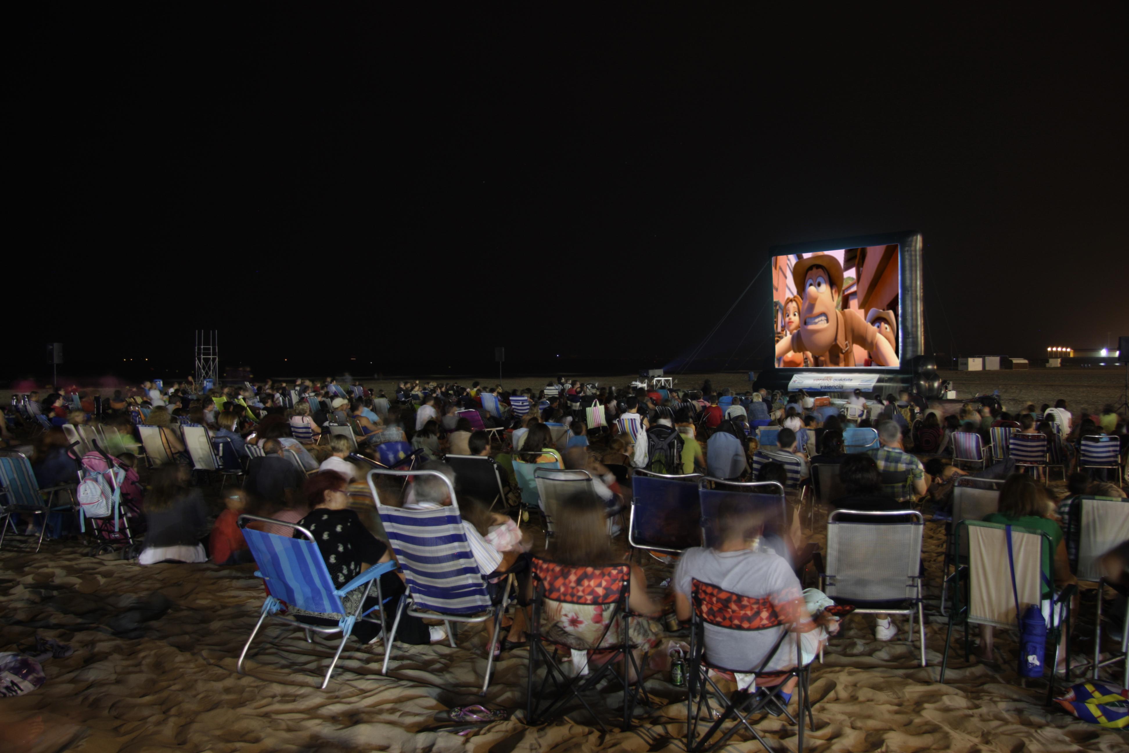 Cartelera cine de verano en la playa de valencia - Cartelera cine de verano aguadulce ...