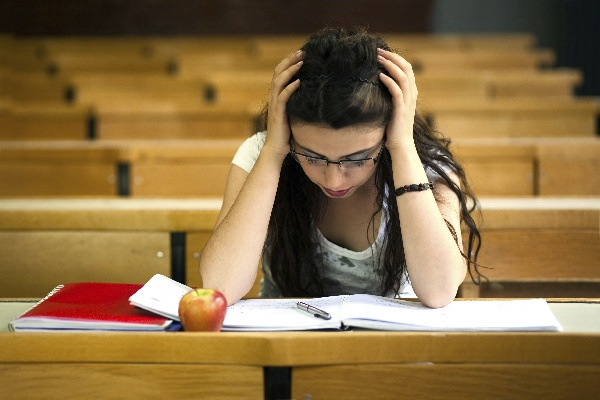 estres estudiantil