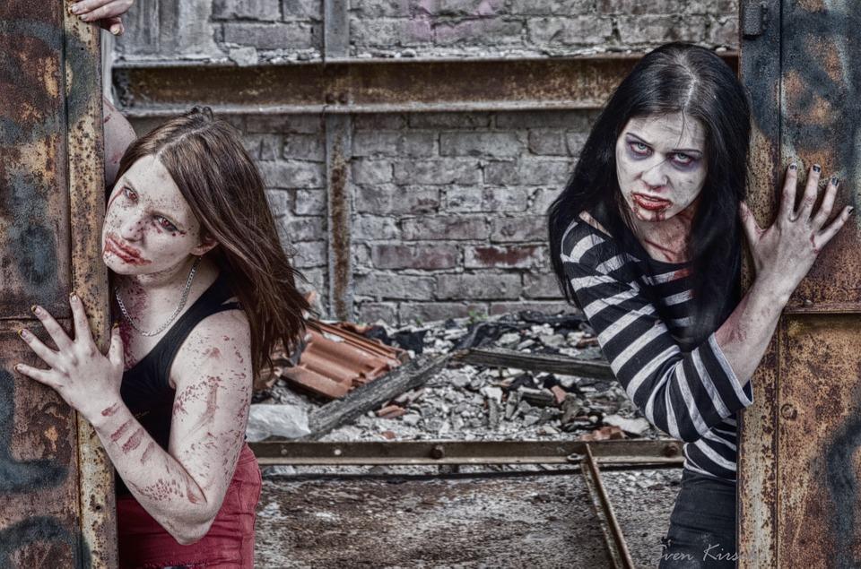 zombies-598387_960_720
