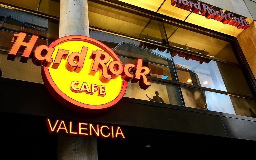 La cadena Hard Rock Café inaugura su primer restaurante en Valencia