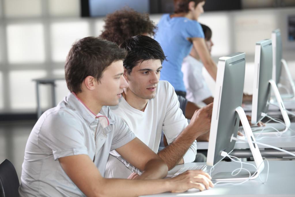 Servicio informático colegio mayor en valencia